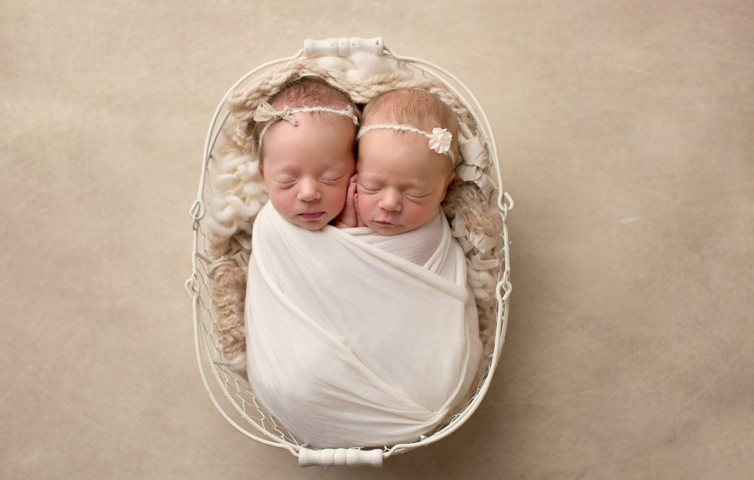 twin newborns