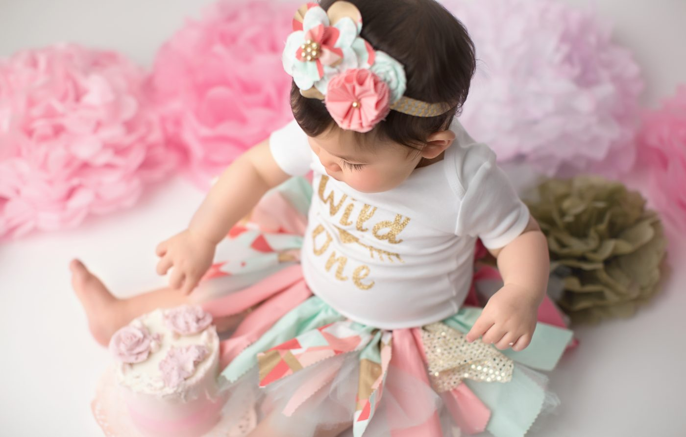 philadelphia photographer first birthday cake smash