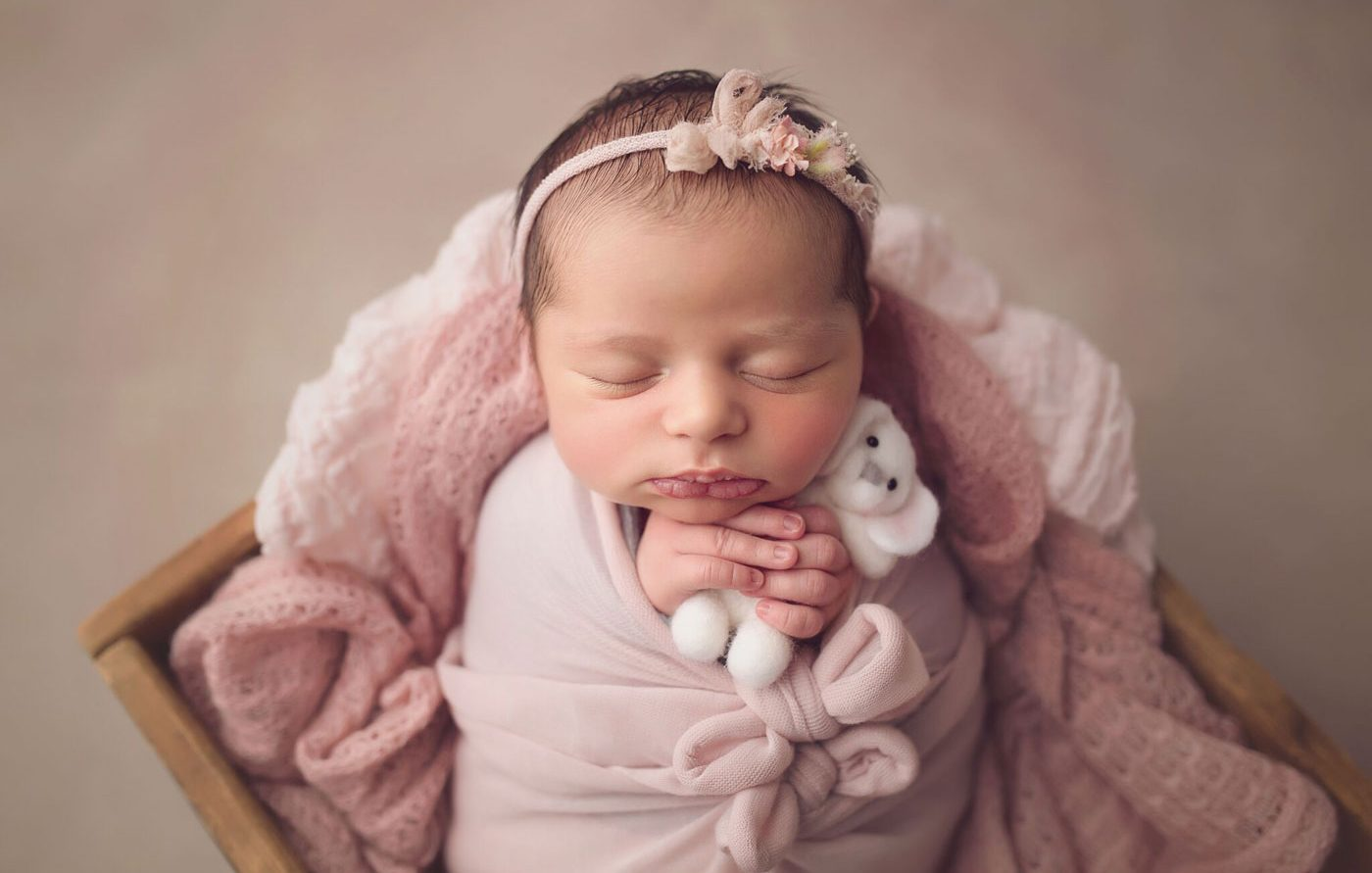 best newborn photographer philadelphia