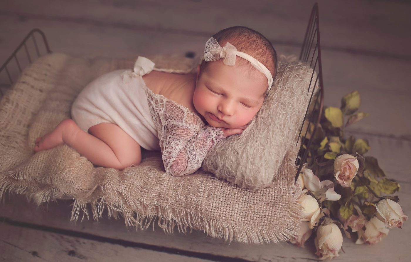 newborn photographer philadelphia