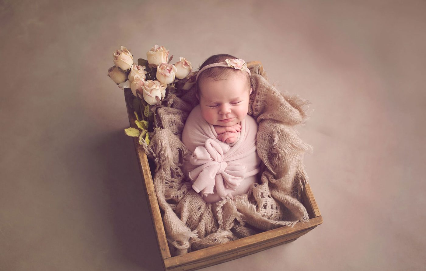 philadelphia newborn photographer